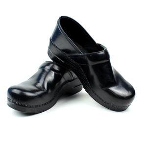 Dansko Womens EUR 40 US 9.5-10 Black Leather Clogs